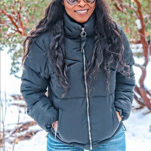 Jackets & Blazers - Puffer Jacket in Black
